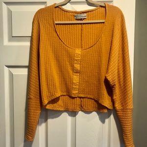 UO Mustard knit crop